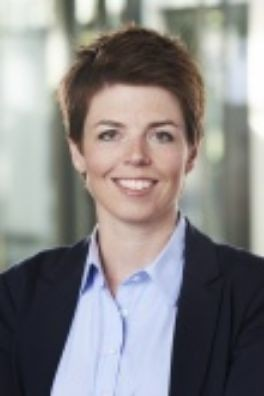 Dr. Annika Hampel