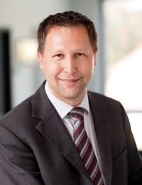 Prof. Dr. Dirk Neumann