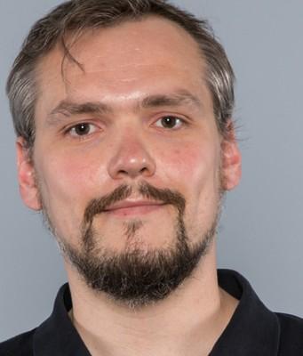 Dr. Dominik Schrey
