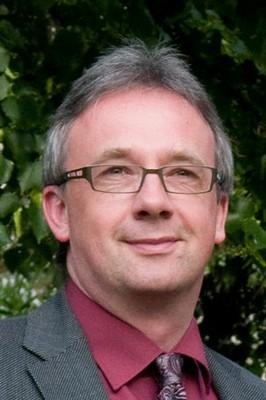 Prof. Dr. Manfred Jung