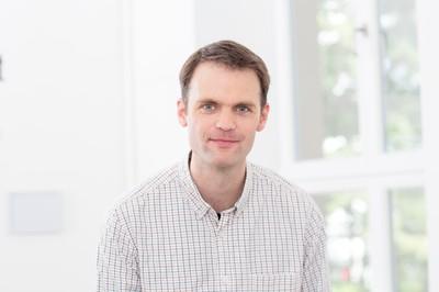 Dr. Peter Itzen
