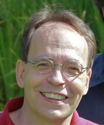 Dr. Roland Nitschke