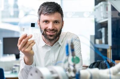 Dr. Severin Vierrath